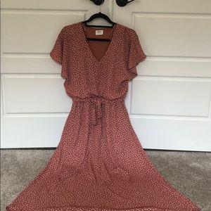 Adorable polka dot SPRING dress! Medium.